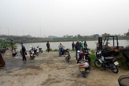 Phát hiện thi thể phụ nữ trôi sông sau ba ngày mất tích