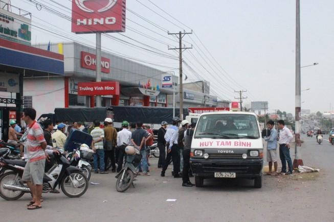 Té ngã, một người bị xe tải cán tử vong