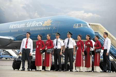Bộ Ngoại giao chỉ đạo làm rõ việc phi công và tiếp viên Vietnam Airlines bị bắt