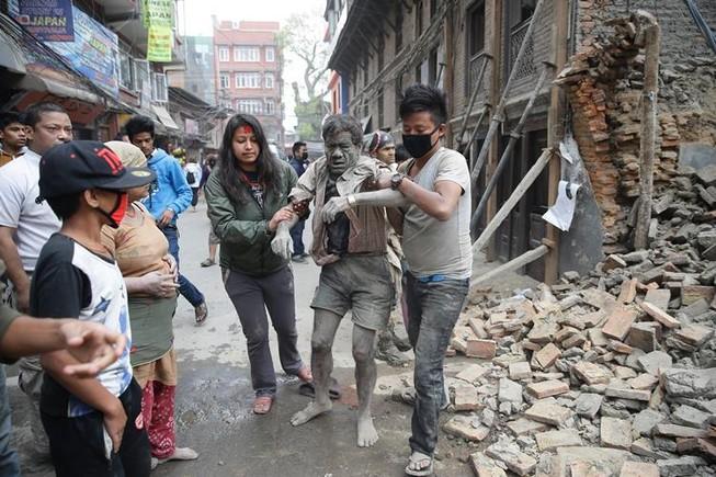 'Đi học kinh nghiệm ứng phó với động đất, gặp động đất thì ta đi về'