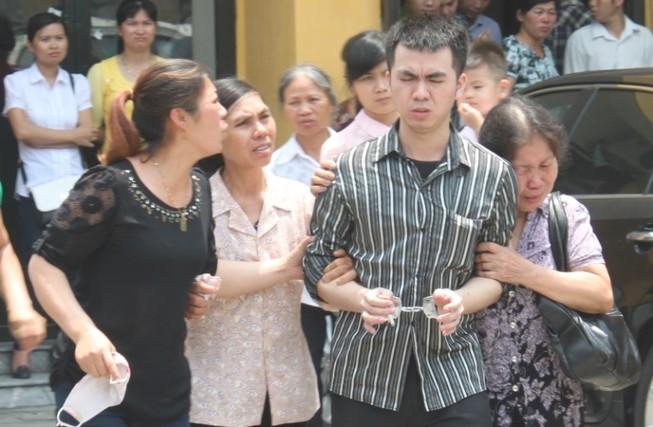 Y án bốn cựu công an Kim Nỗ đánh chết người