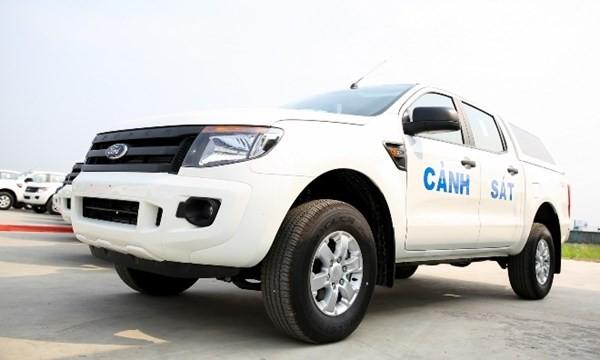 Bộ Công an tiếp nhận 75 xe Ford Ranger làm phương tiện cơ động chiến đấu