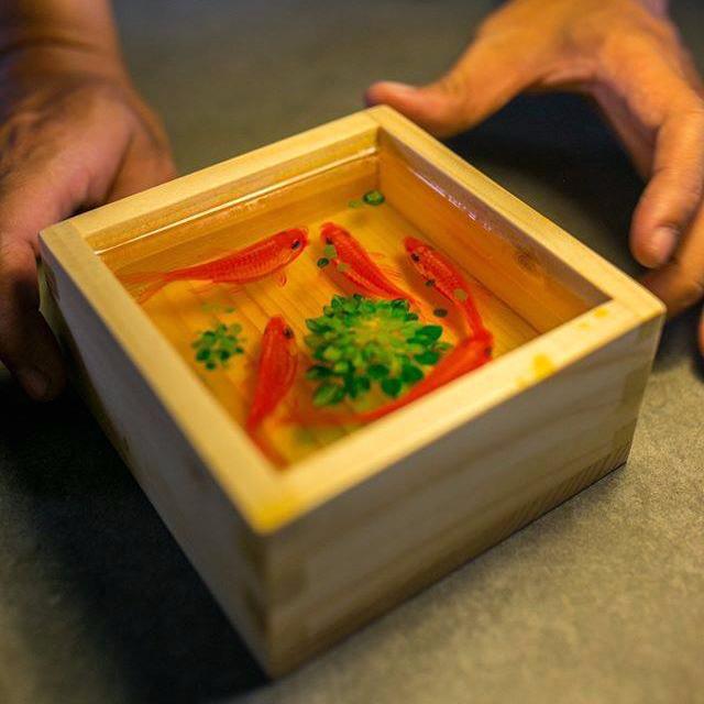 'Kinh ngạc' bức tranh cá vàng 3D Việt Nam trị giá hàng trăm triệu đồng