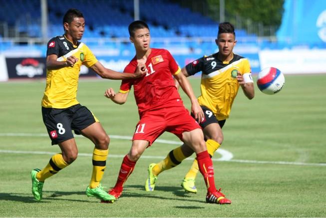Dư âm trận U-23 Việt Nam - Brunei: Ván tennis và số lần chạm bóng