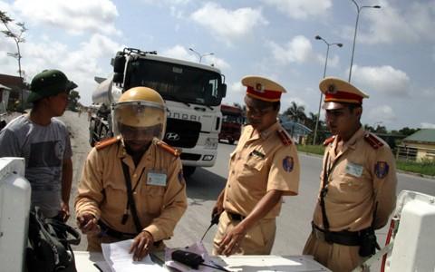 Thủ tướng chỉ thị siết chặt quản lý kinh doanh vận tải bằng xe ô tô