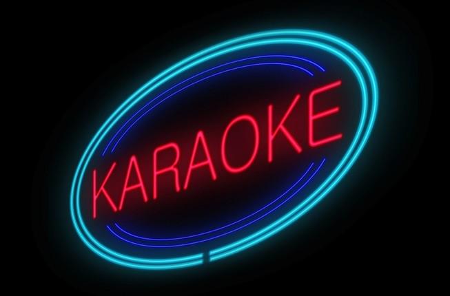 Nữ sinh bất ngờ ngất xỉu sau khi hát karaoke rồi tử vong