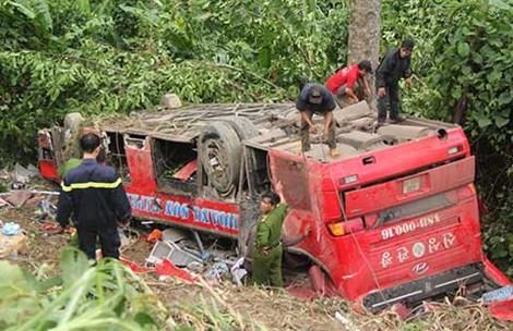 Làm việc với tài xế xe khách lao xuống vực sâu làm nhiều người thương vong
