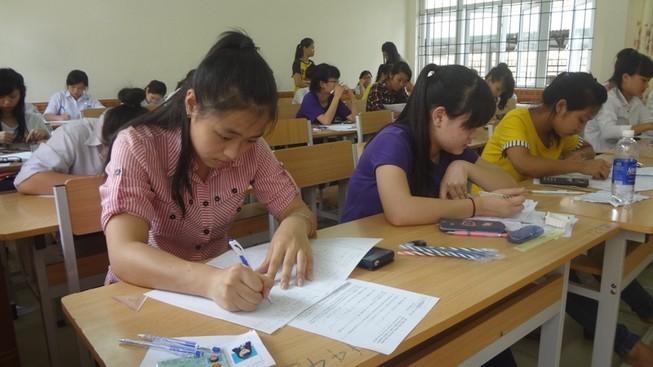 Hơn 100 thí sinh bị đình chỉ thi môn địa lý