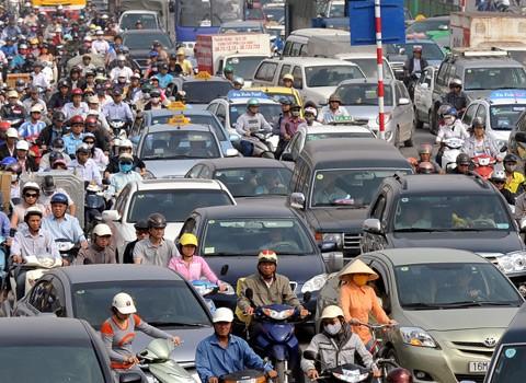 Bộ GTVT đề xuất dừng thu phí đường bộ đối với xe máy