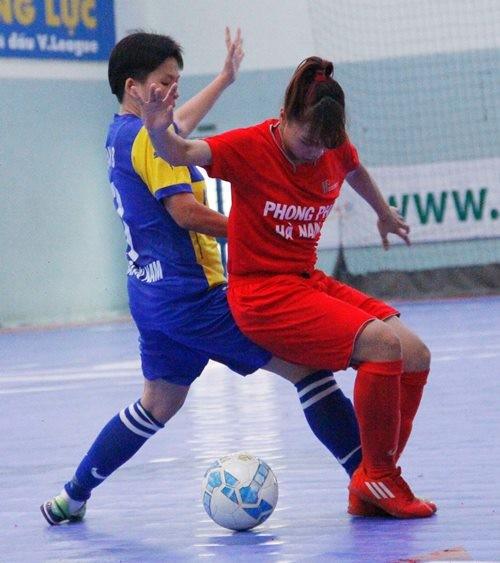 Lượt cuối giải futsal nữ TP.HCM mở rộng: Quận 8 vào chung kết