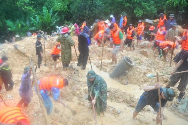 Thủ tướng yêu cầu khẩn trương khắc phục hậu quả mưa lũ