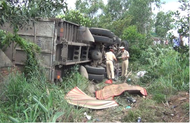 Ba chị em thượng tá quân đội chết thảm trên đường đi chữa bệnh