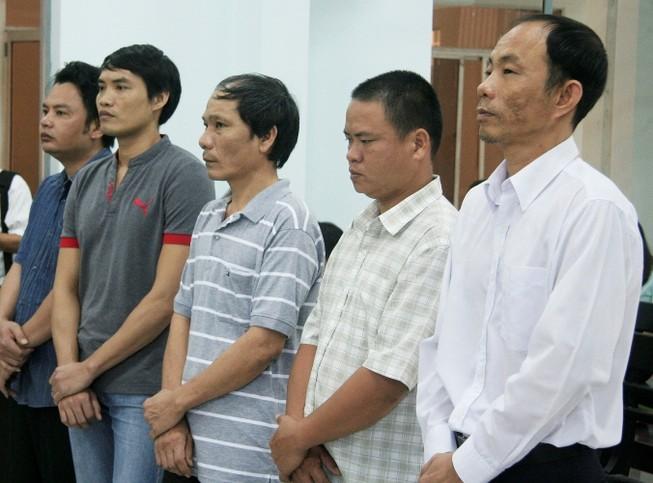 Nguyên trưởng công an huyện ăn chặn trầm kỳ lãnh 9 năm tù