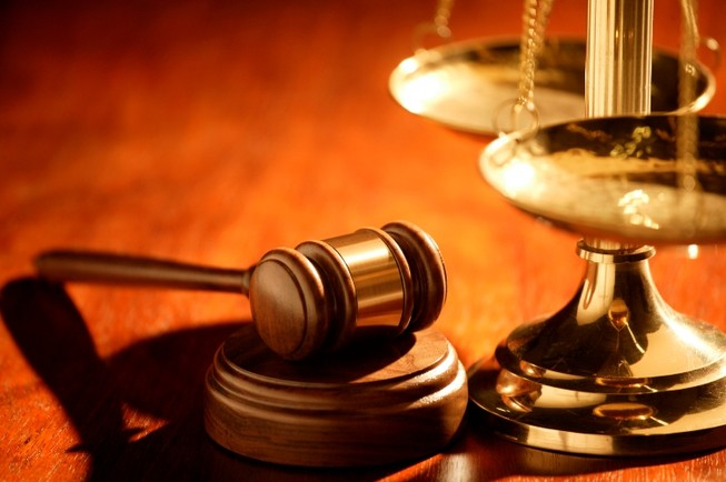 Khởi tố thẩm phán lạm dụng chức vụ chiếm đoạt tài sản dân