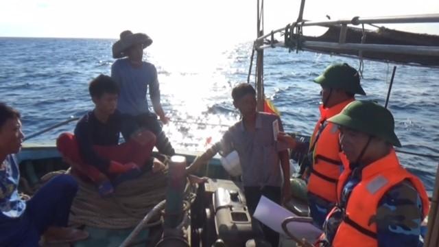 Phát hiện 5 tàu cá Trung Quốc xâm phạm chủ quyền biển Việt Nam