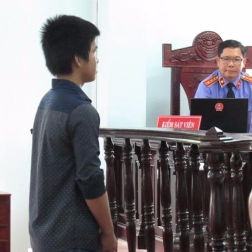 Thiếu niên 16 tuổi lãnh 7 năm tù vì… yêu sớm