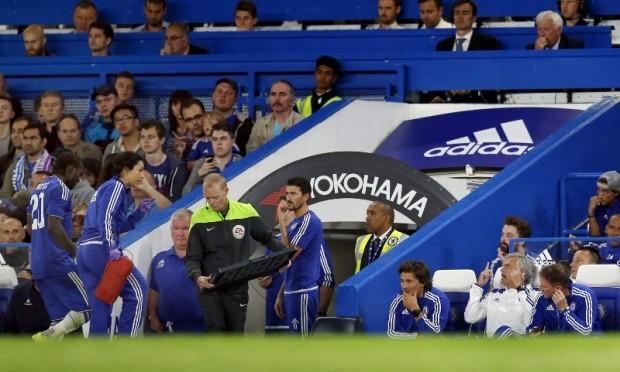 Mourinho có thể bị phạt 5 trận vì xúc phạm về… giới tính