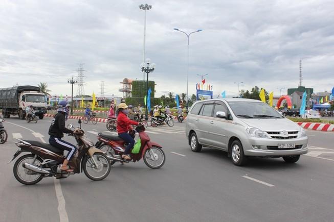 Khánh thành thông xe công trình mở rộng quốc lộ 1A qua Quảng Ngãi