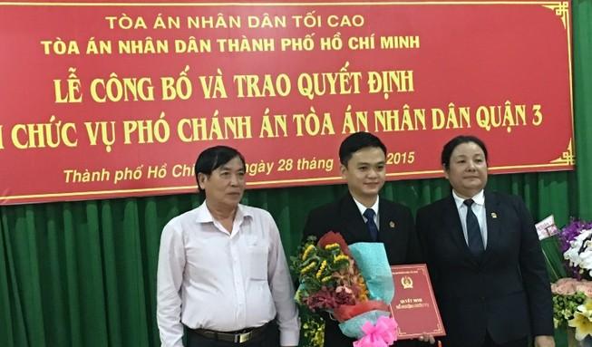 Trao quyết định bổ nhiệm Phó Chánh án TAND quận 3, TP.HCM