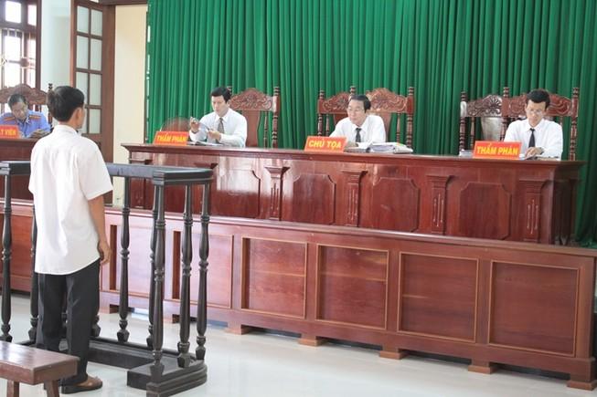 Lại hoãn xử phúc thẩm vụ 'Bắt trói kẻ trộm bị khởi tố'