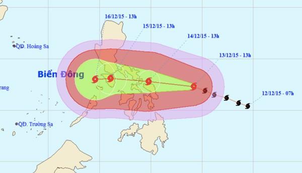Siêu bão giật cấp 17 áp sát biển Đông