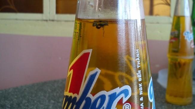 Sáng mai xét xử vụ chai nước có ruồi giá 500 triệu đồng
