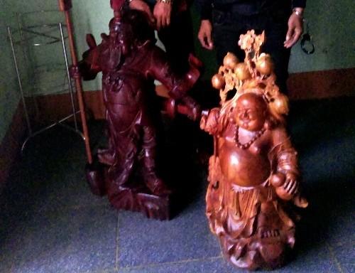 Chuyên trộm… tượng phật bằng gỗ