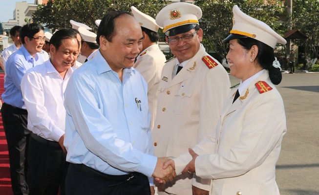 Phó Thủ tướng Nguyễn Xuân Phúc làm việc với Công an Cần Thơ