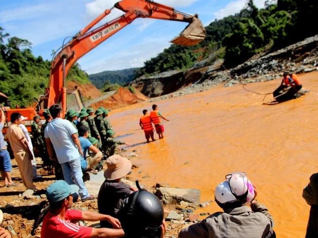 Vụ sông Bung 2: Hỗ trợ gia đình 2 nạn nhân 100 triệu đồng
