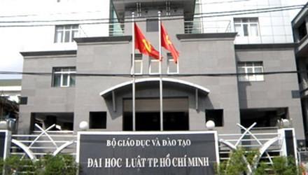 Bộ yêu cầu ĐH Luật TP.HCM báo cáo vụ 'photo giáo trình'