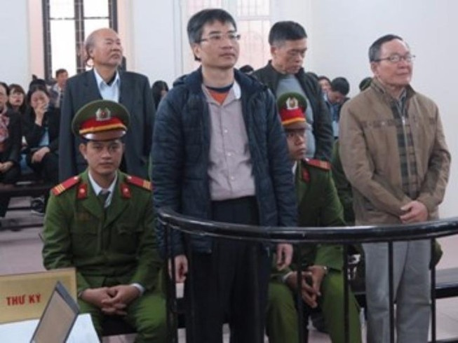 """Giang Kim Đạt khai """"cho sếp"""" 150.000 USD"""