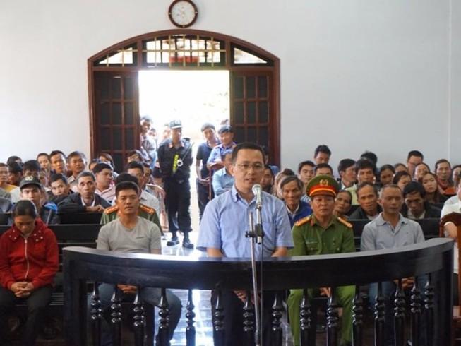 Vụ Trần Minh Lợi: Luật sư đề nghị hoãn phiên tòa