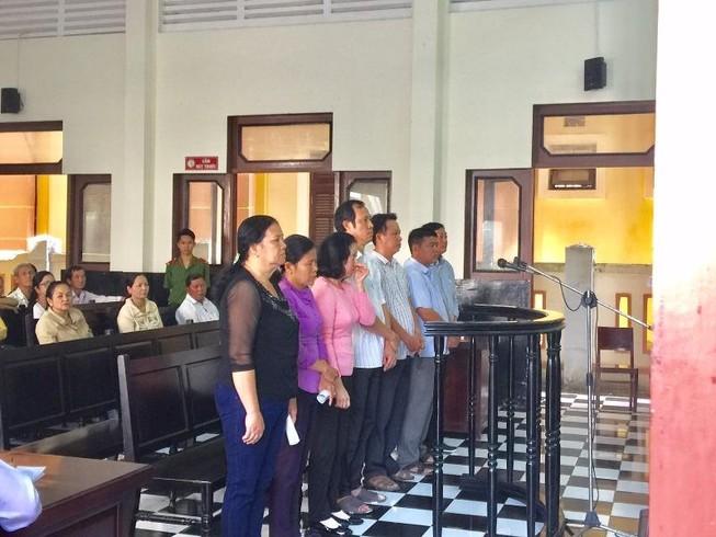 Hàng loạt cán bộ địa chính Tiền Giang hầu tòa