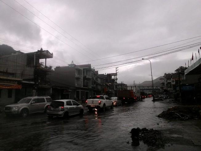 Quảng Ninh di dời dân đề phòng mưa lũ