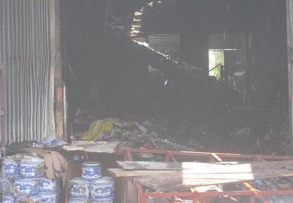 Cháy nhà, hai cháu bé tử vong