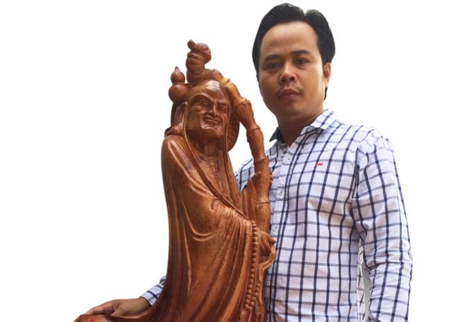 Nghệ nhân điêu khắc ứng dụng công nghệ vào quảng bá