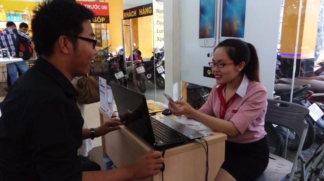 Giải ngân nhanh khi vay tiền mặt với Home Credit