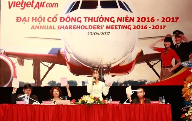 Vietjet: Mục tiêu doanh thu hơn 42.000 tỉ đồng năm 2017