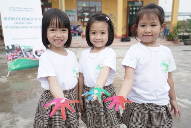 Amway Việt Nam giúp cải thiện suy dinh dưỡng ở trẻ em