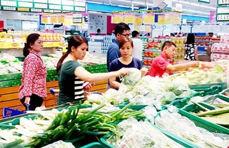 Hàng Thái xô hàng Việt rớt khỏi kệ siêu thị