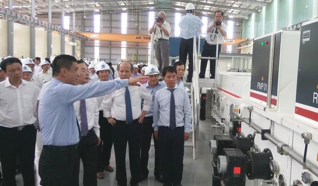 Nhà máy kính tiết kiệm năng lượng đầu tiên tại Đông Nam Á