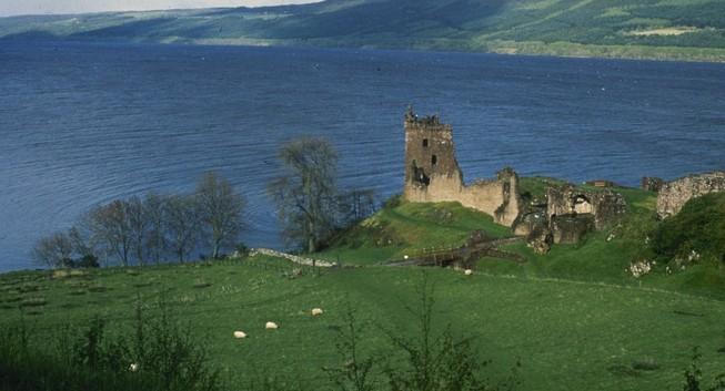 Người khổng lồ Google 'săn' quái vật hồ Loch Ness