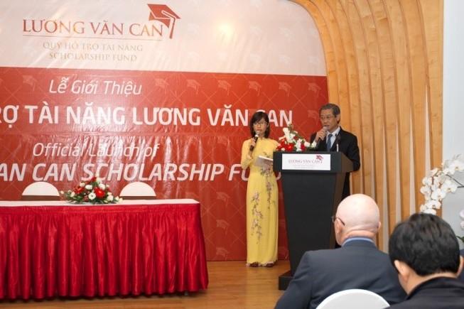 Học bổng Lương Văn Can tiếp tục rộng cửa cho SV khó khăn