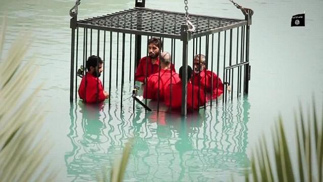 Ba cách hành quyết man rợ kinh hoàng của IS