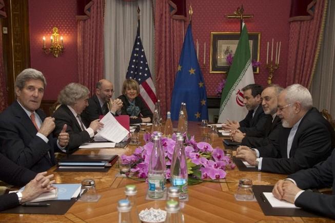 Các nhà làm luật Mỹ vạch 'đường chỉ đỏ' cho đàm phán Iran