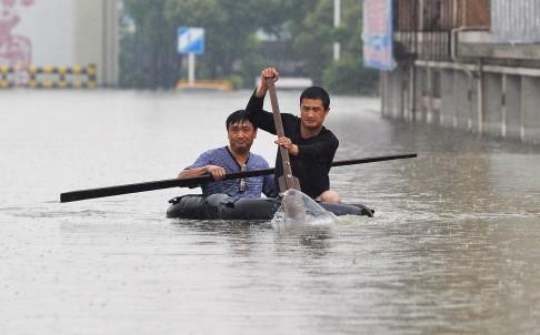 Mưa lũ kinh hoàng ở miền Nam Trung Quốc: 108 người chết
