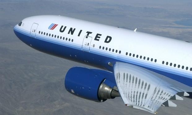 Cơ trưởng vứt đạn vào toilet trên máy bay