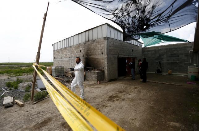 Tham nhũng 'đào hầm' cho trùm ma túy 'khét tiếng' Guzman vượt ngục?