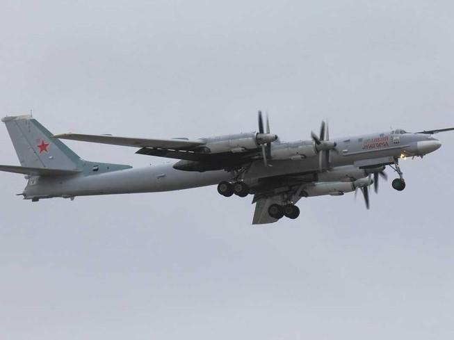 Lý giải nguyên nhân hàng loạt máy bay quân sự Nga bị rơi