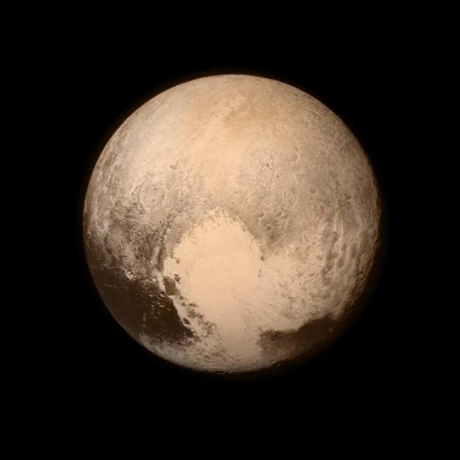 Những bức ảnh đầu tiên về Diêm Vương tinh làm giới khoa học 'mê mẩn'